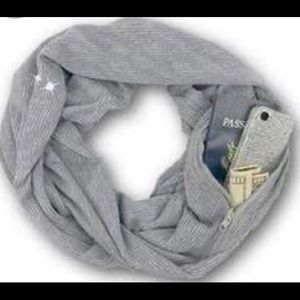 SHOLDIT convertible infinity scarf with pocket